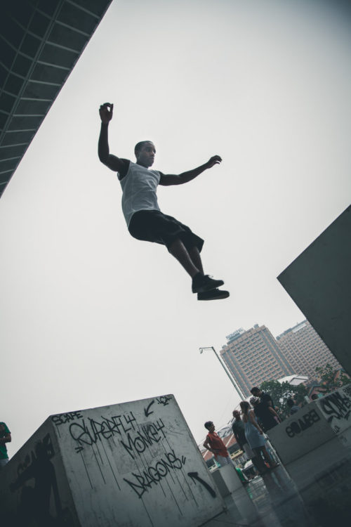 Superfly-Parkour-Clarke-Quay-Jump