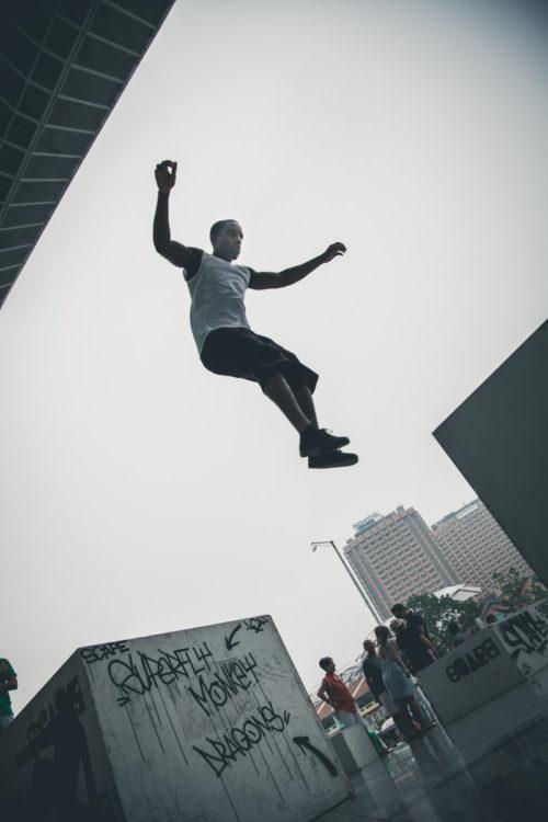 Superfly-Parkour-Clarke-Quay-Jump