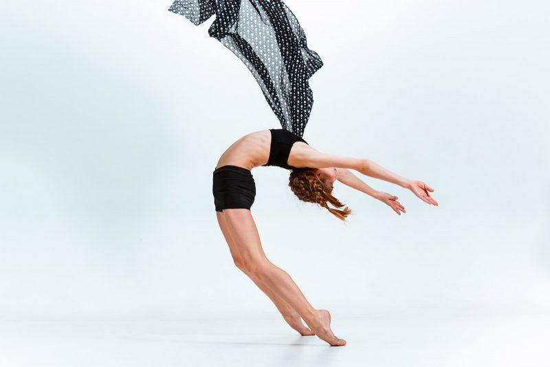 Dance-Camp-young-girl-break-dancing-PPECWGE